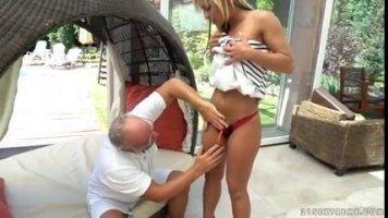 Проститутка Азербайджана всю ночь трахается со своим клиентом