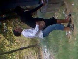 В парке казах нашампурил свою красивую подружку
