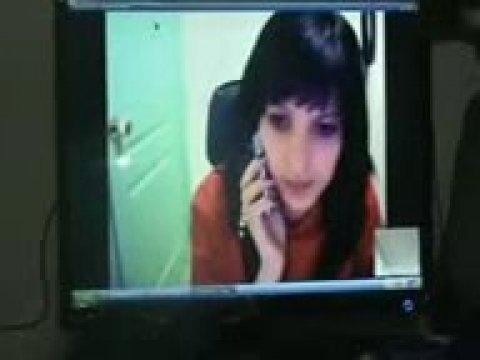 Паря трахает таджичку во время телефонного звонка