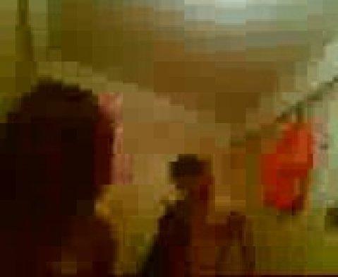 Таджичка с большими сиськами приняла сперму на грудь